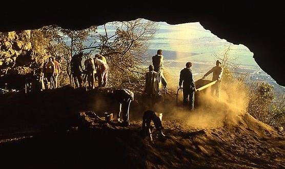 cave104