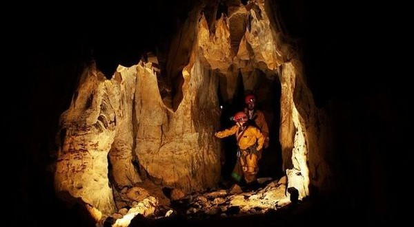cave138
