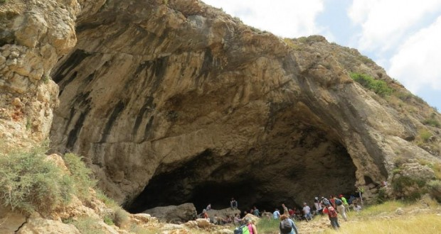 cave148
